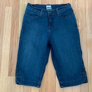 Levi's Perfectly Slimming 512 Capri Jeans 10P